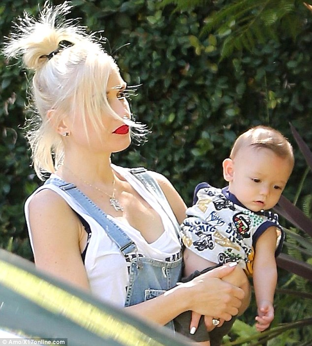 Gwen Stefani Wears Overalls For Some Bonding Time With