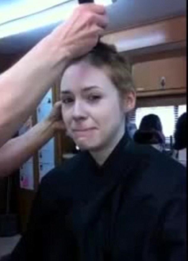 Karen Gillan Jokes As She Shaves Off Her Hair For