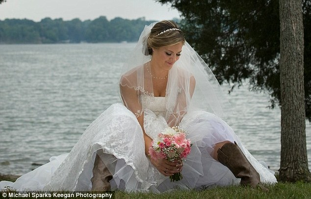 And The Bride Wore...cowboy Boots! Scott Brown's Daughter