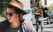 harry styles shows long hair