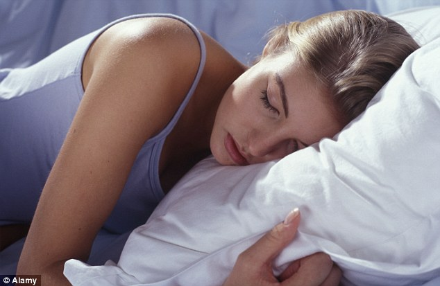 People with delayed sleep phase syndrome should avoid technology and bright light