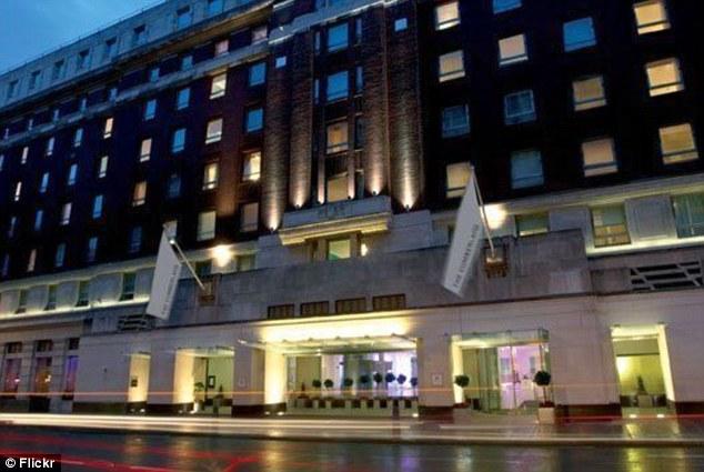 Cumberland Hotel London Carvery
