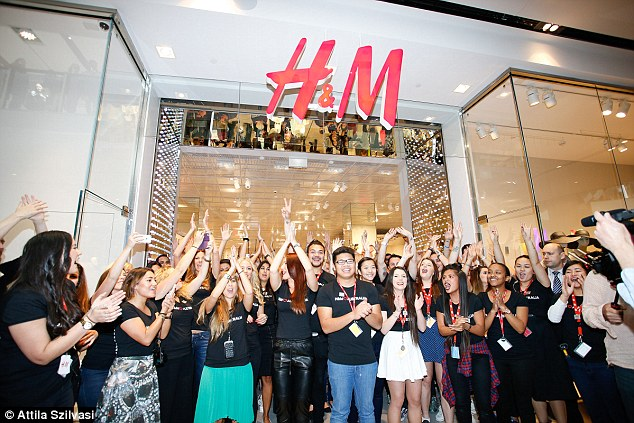 H&M Sydney's store opening met with chaotic scenes   Daily Mail Online
