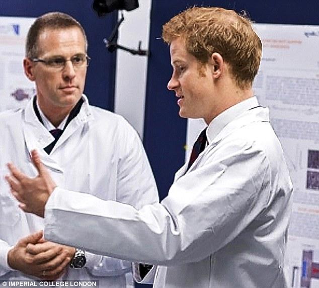 El centro de pruebas en el Imperial College de Londres, fue inaugurado por el príncipe Harry oficial el año pasado