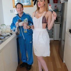 Kitchen Scrub Brush Floor Marble Gabi Grecko Gets Down And Dirty With Dishes In Geoffrey ...