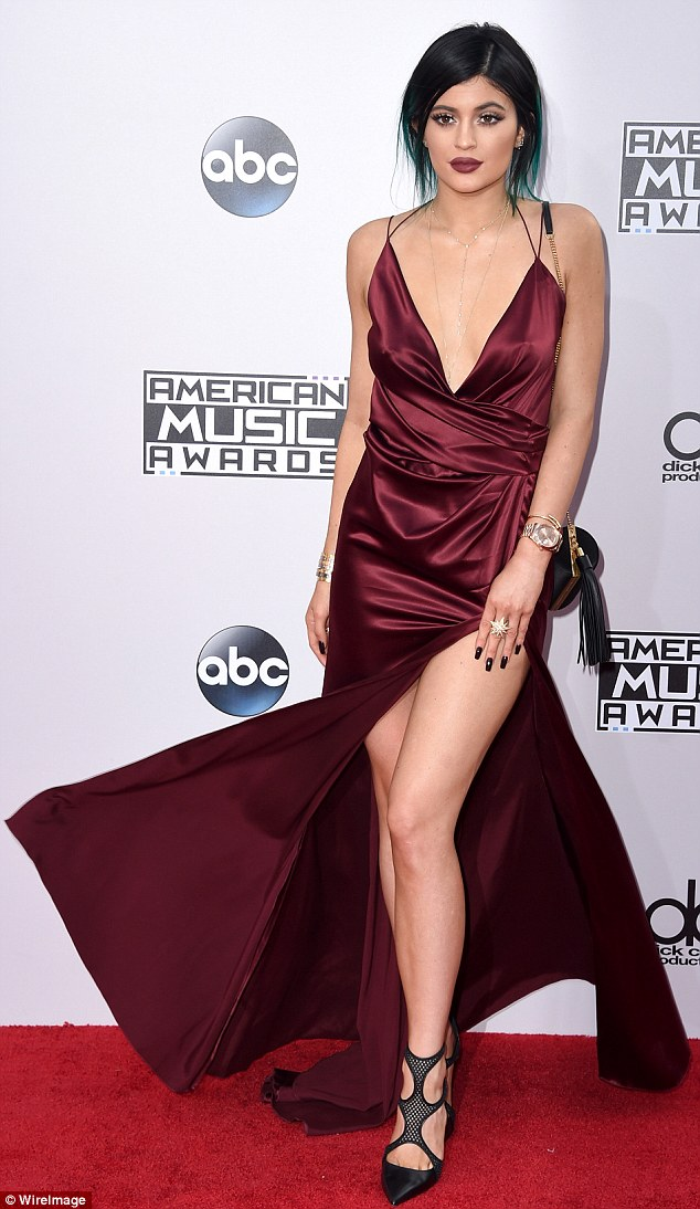 Kylie Jenner Glam Room Tour Full