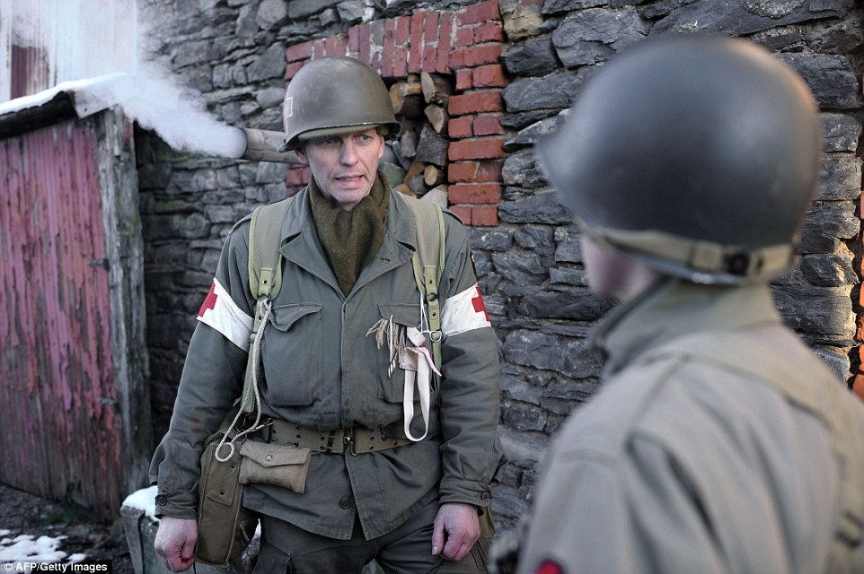 Battle Of The Bulge 70 Years On Hundreds Recreate One Of