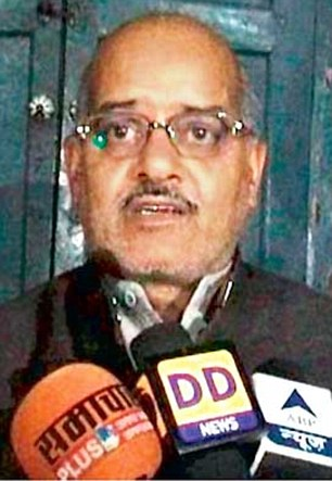 Uttar Pradesh DJS head Rajeshwar Singh claimed that those who have been opposing 'ghar wapsi' were fearful of Muslims
