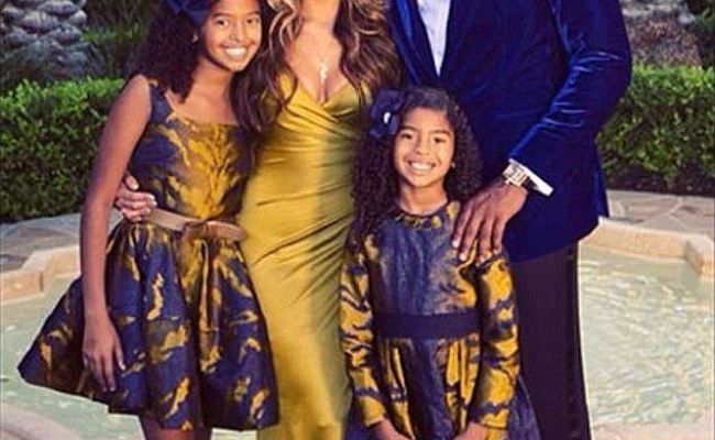 Kobe Bryant S Wife Vanessa Wears A 6 5k Gown For Family