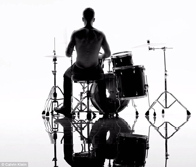 Drum roll, please: Justin's impressive drumming skills were put on full show as he banged about on the set