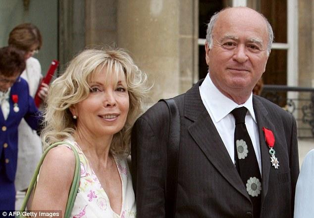 Georges Wolinksi, en la foto con su esposa, fue uno de los dibujantes muertos a tiros