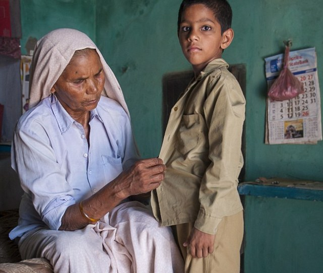 The Worlds Oldest Mother Omkari Singh 76 Says She Finds It Hard To Keep