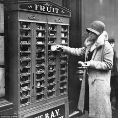 Kitchen Cupboard Gadgets Refacers Vintage Vending Machines You Never Knew Existed   Daily ...