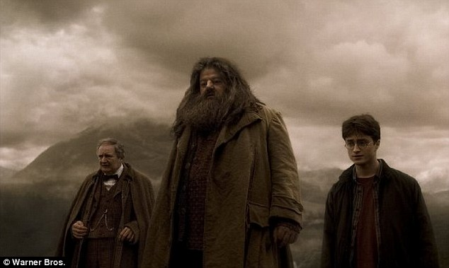 Luna Lovegood Wallpaper Quotes Harry Potter Star Robbie Coltrane Hospitalized After