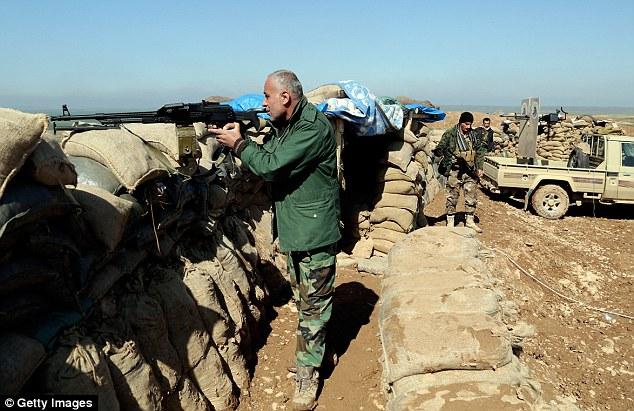 Los intensos combates: El Partido Democrático del Kurdistán dijo a MailOnline el ataque fue el segundo en tres días