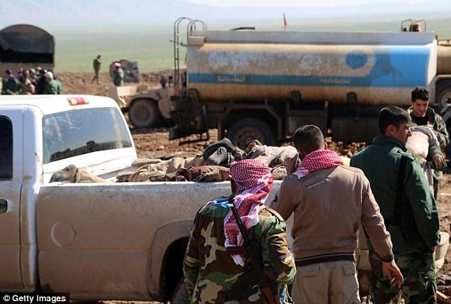 Amasado: El ataque fue el último de varios cerca de la ciudad de Mosul, y uno de los más sangrientos de ISIS