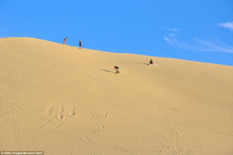 Huacachina residents rent out sandboards and buggies for backpackers who travel to this magical town. Visitors can experience the impressive sand dunes and magnificent views