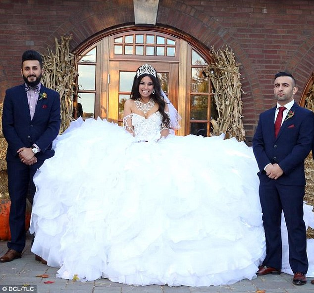 My Big Fat Gypsy Wedding Gown Is Made From 1200ft Of