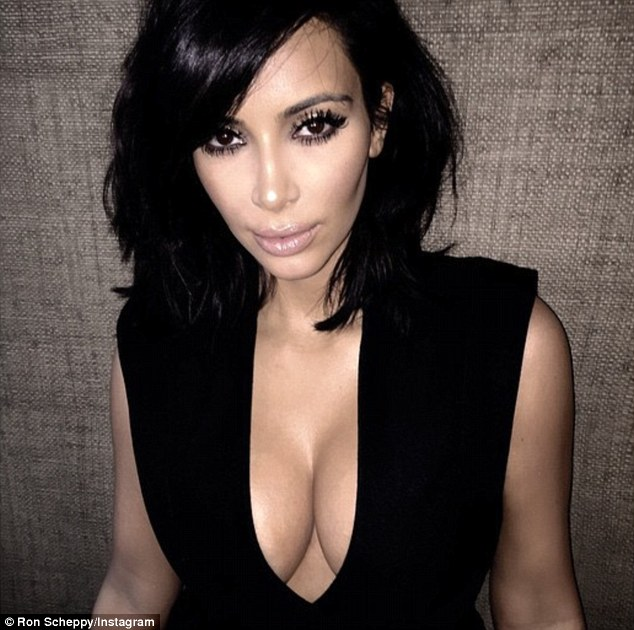 Bombshell: Kimlooked sultry with flawlessly applied black eyeliner and mascara