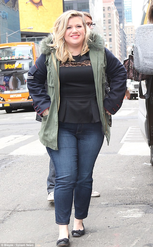 Kelly Clarkson Responds To Katie Hopkins Fat Jibes Daily
