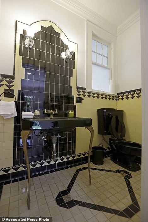 Bathroom Wall Light Fixtures