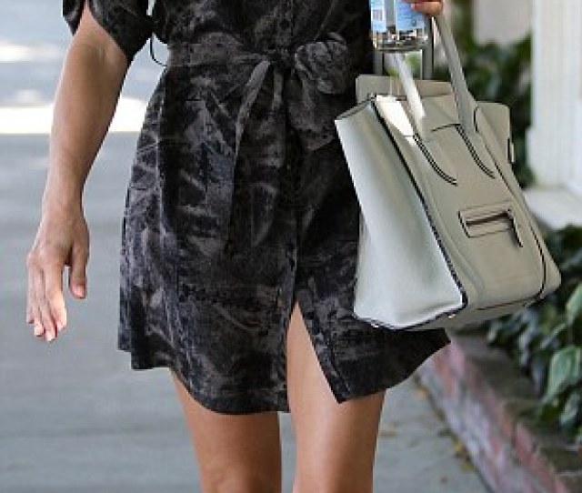 Kate Walsh Covered Up As She Hit The Gym In Los Angeles