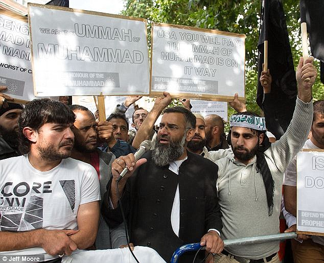 The protest was led by the hate preacher and notorious rabble rouser Anjem Choudary, who made a speech saying that Sharia would take over the entire world, including America and the UK