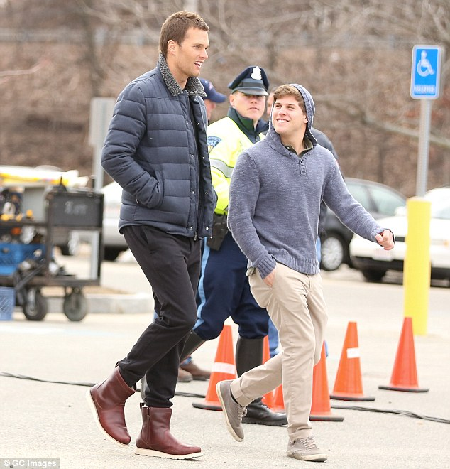 Tom Brady heads to set for his latest Ugg shoot following vacation in Costa Rica | Daily Mail Online