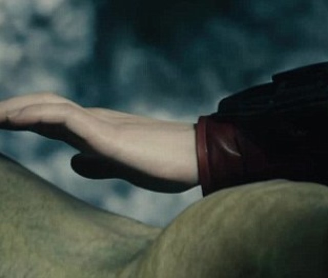 Needed A Womans Touch The Widow Aka Natalia Romanova Reaches Out And Gently