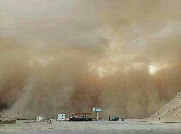 China's Meteorlogical Centre issued a blue alert as the sandstorms swept across the north of the country