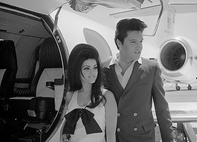 Elviss Planes To Be Removed From Graceland Daily Mail