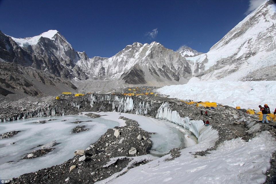 Googles Dan Fredinburg Among 17 Killed In Mount Everest