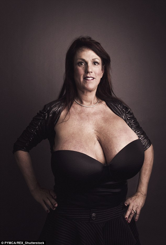 Busty Heart Susan Sykes with her size 34M breasts visits ...