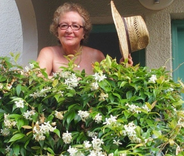 Helen Minsky Dared To Bare On A Holiday At A Nudist Resort In Croatia