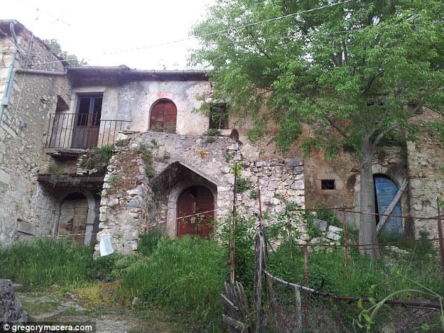 Storia: se si desidera una proprietà con una storia da raccontare, allora non si deve guardare oltre Lecce nei Marsi