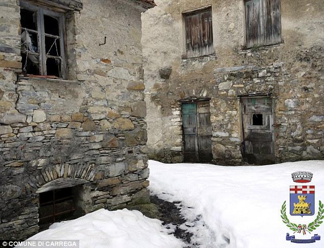 Freddo: C'è ancora una parvenza di un villaggio in alcuni luoghi in montagna