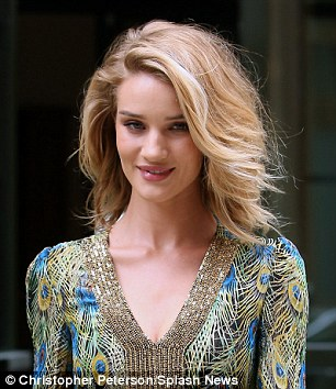 do you pass the 2 25 inch rule celebrity stylist reveals the secret formula to whether short