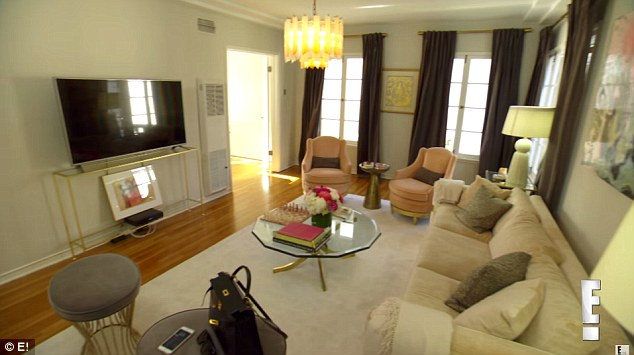 images of small decorated living rooms victorian room furniture set rich kids beverly hills' roxy sowlaty gives a tour ...