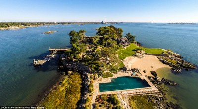 Mansion on PRIVATE Long Island Sound goes on sale for ...