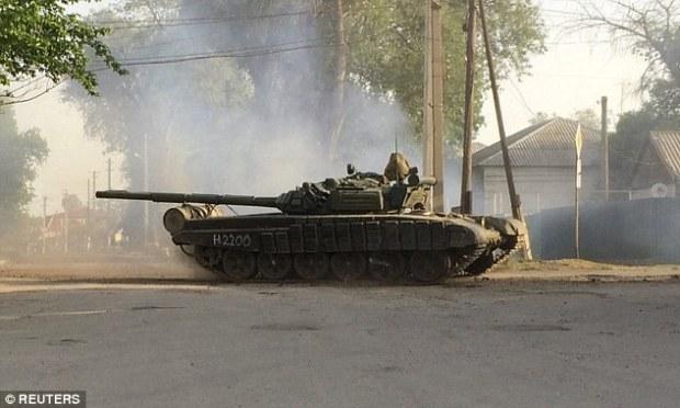 Accumulation: Quelques jours avant, un convoi de véhicules militaires a été repéré dans la région