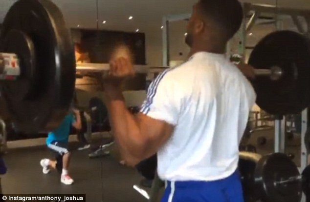 Anthony Joshua lifts HEAVY just days after making light