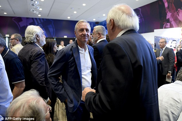 Dutch football legend Johan Cruyff (middle) also attended the event which was held at the Nou Camp