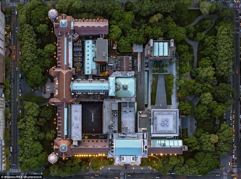 Museu de História Natural: Os longos corredores e meandros sinuosos deste edifício são mostradas em detalhes fascinantes nesta foto