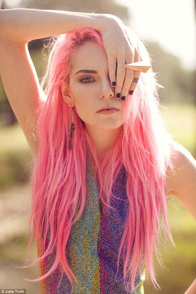 Meet Madeline Rae Mason The Model Turned Social Media Star