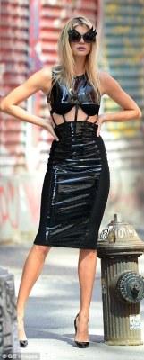 Leonardo Dicarpio's girlfriend,Kelly Rohrbach Slays Photoshoot In NYC {Photos}