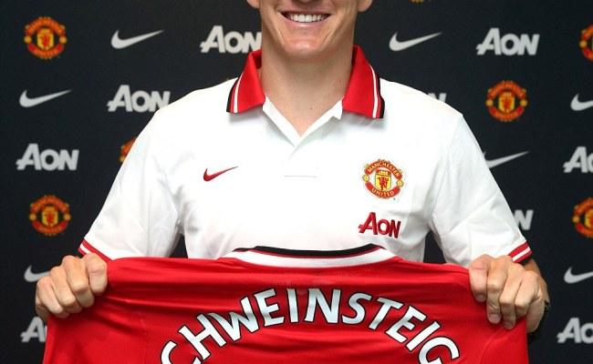 Manchester United Confirm Bastian Schweinsteiger And
