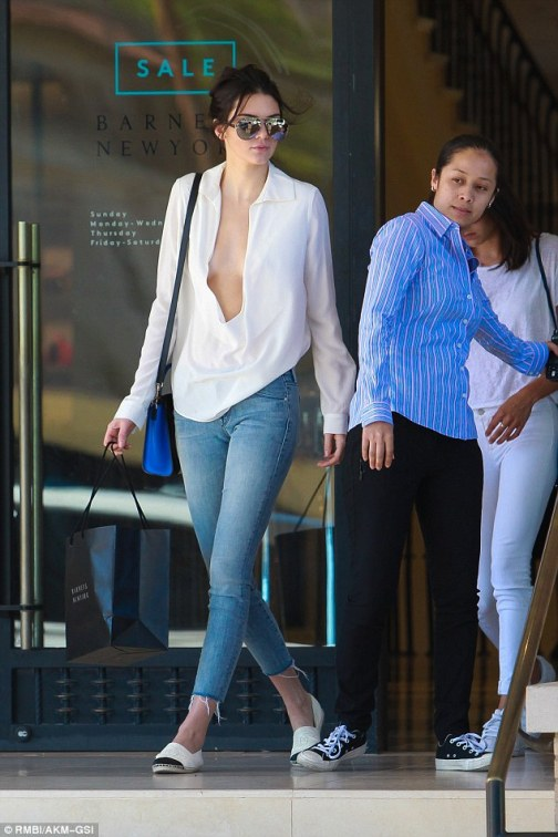 af8670b62ff16 Fashionista: She also paid a visit to Barneys during her shopping trip