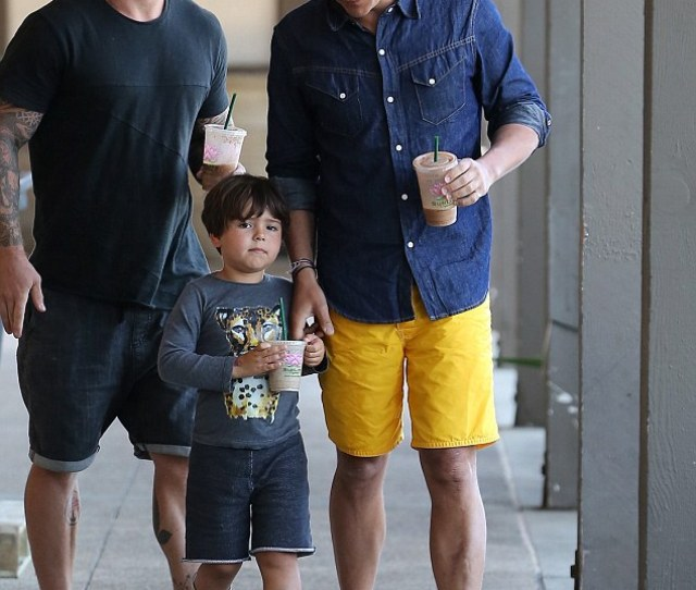 Doting Father Orlando Bloom Was Seen Treating His Young Son Flynn To A Sunlife Smoothie