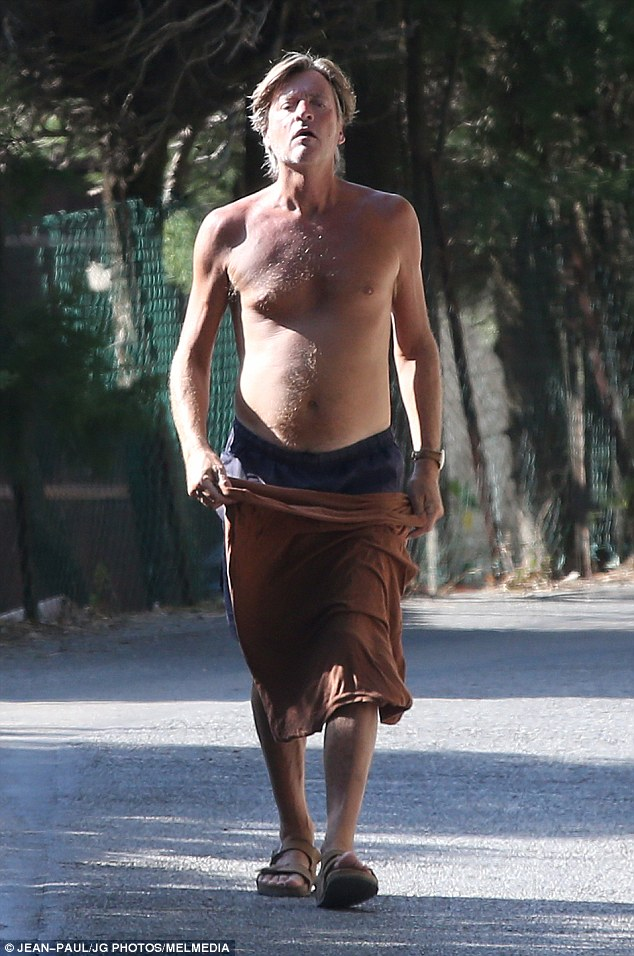 Richard Madeley Unveils His Physique As He Tops Up His Tan