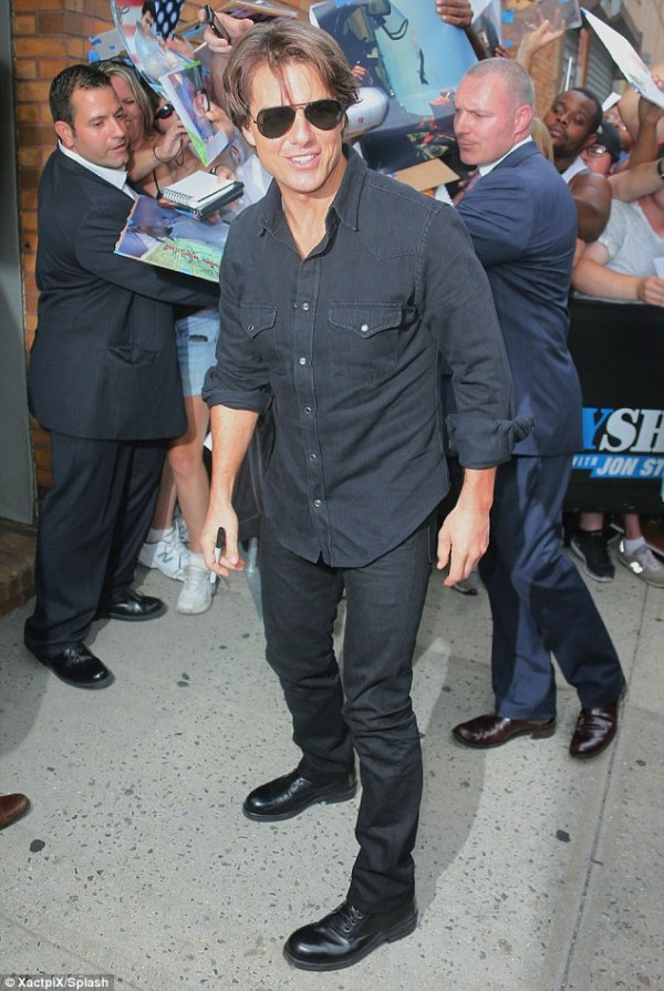 Tom Cruise 53 looks young as he arrives at Daily Show to
